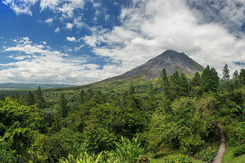 Costa-Rica-Holiday-Tours-Arenal-Observatory-Lodge-Panorama - Reef and Rainforest Tours